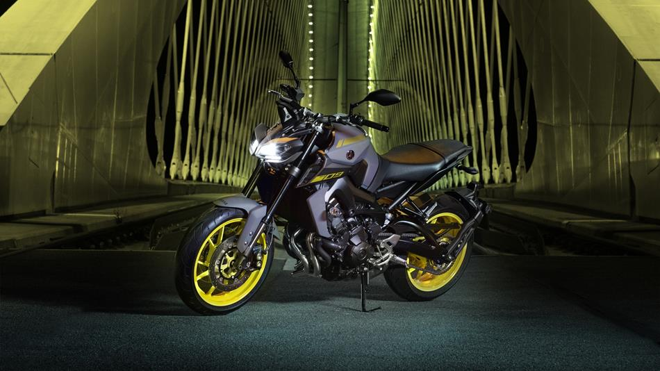 Mt 09 abs 2018 motocicli yamaha motor italia for Spiegel 09 2018