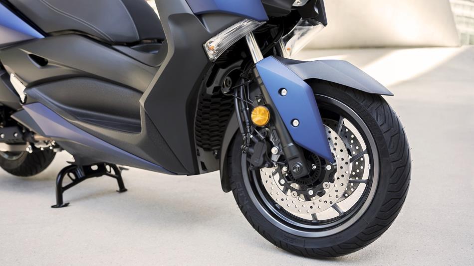 Yamaha X Max Eu Phantom Blue Detail