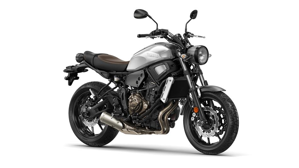 2018 Yamaha XSR700 EU Garage Metal Studio 001