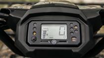 LCD-instrumentpanel monterad på styret