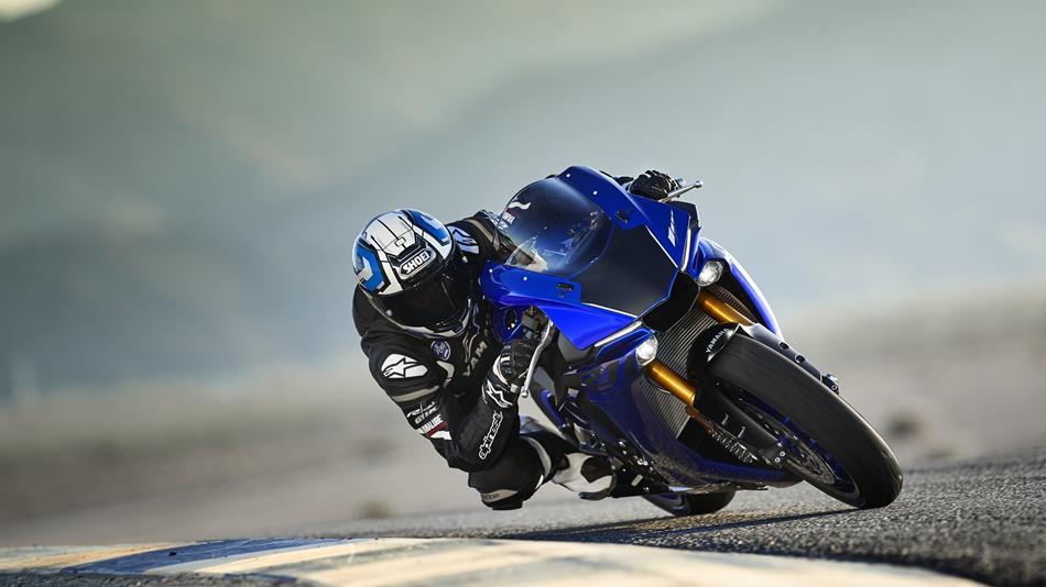 Yzf R1 2018 Motorcycles Yamaha Motor Uk