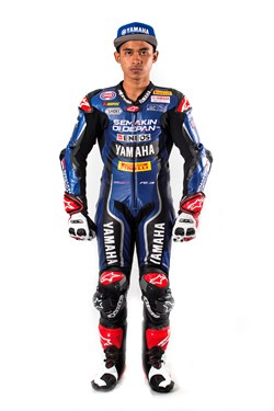 Galang Hendra Pratama - Yamaha R3 bLU cRU Challenge Rider